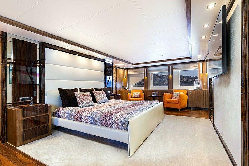 Panakeia yacht stateroom