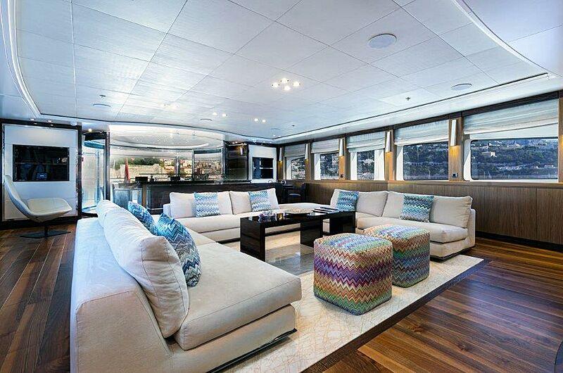 Panakeia yacht saloon