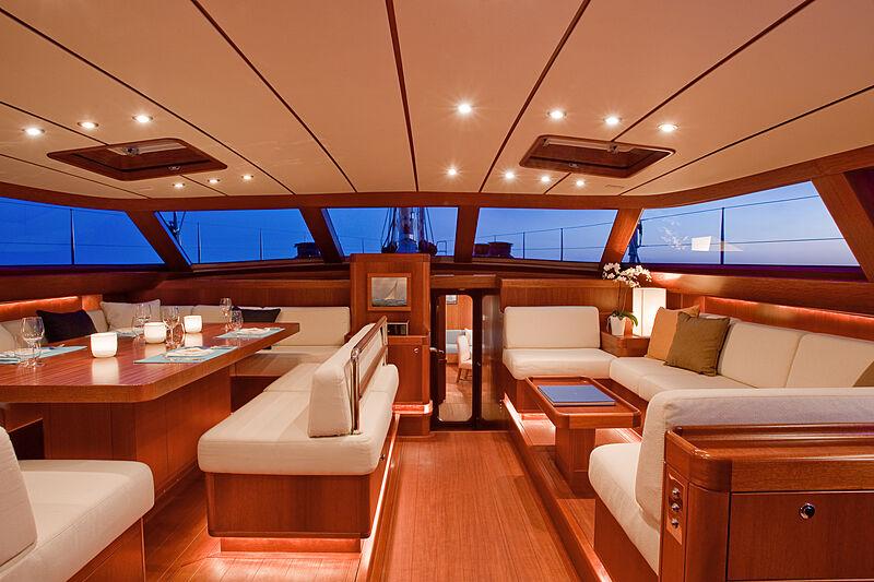 Nilaya yacht saloon