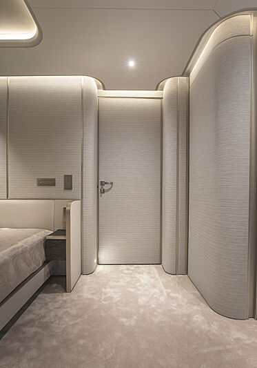 Tecnomar Evo 120 hull 582 yacht stateroom