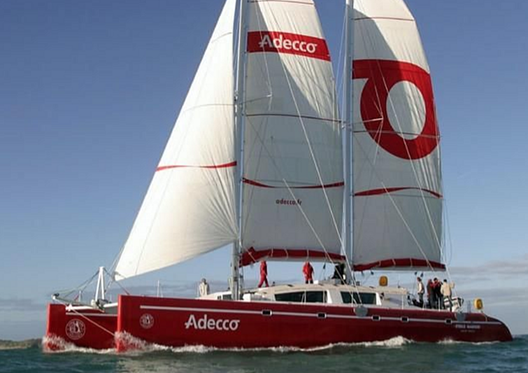 Etoile Marine yacht sailing