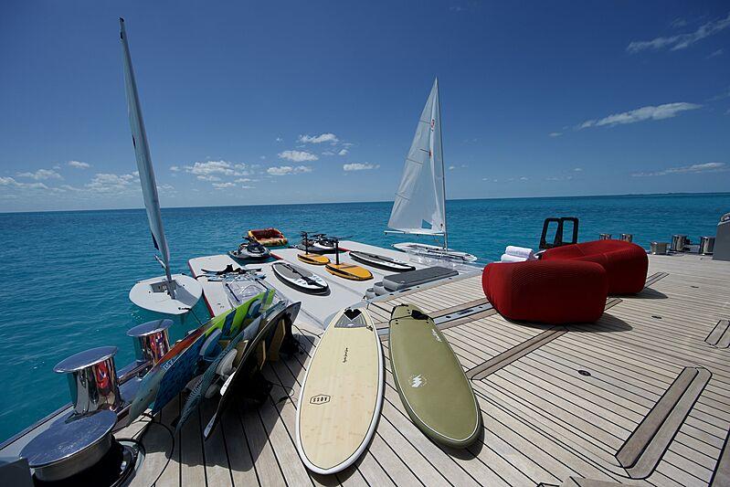 Bold superyacht floating dock