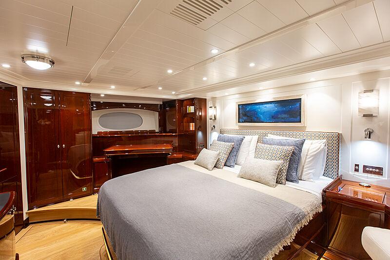 Grace III yacht stateroom