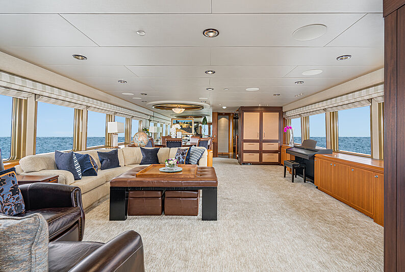Afterglow yacht saloon