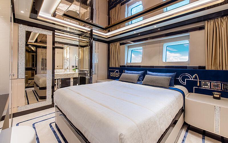 Stefania yacht stateroom