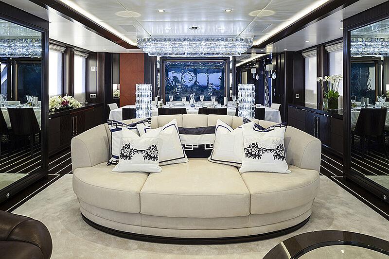 Lady Li yacht saloon