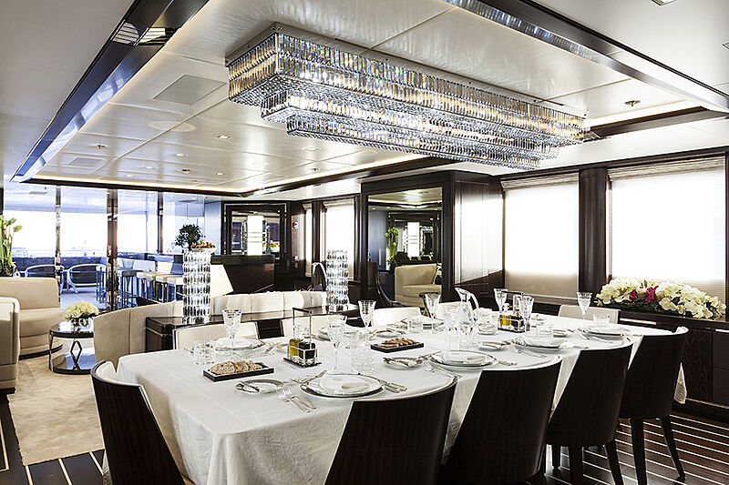 Lady Li yacht dining