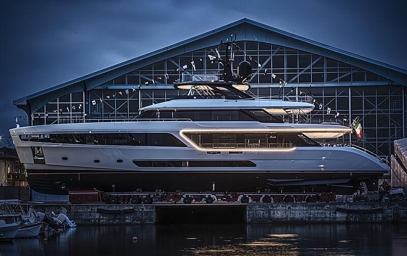 Benetti Motopanfilo 37M #1 yacht launch