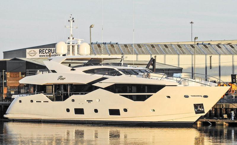 FLEUR yacht Sunseeker