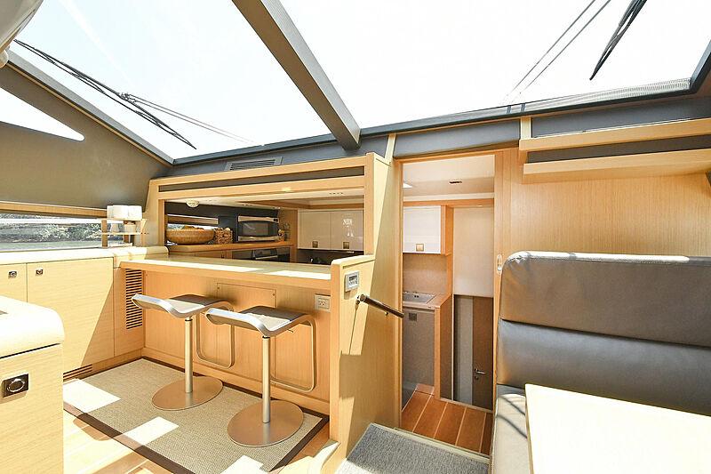 Montrachet yacht bar