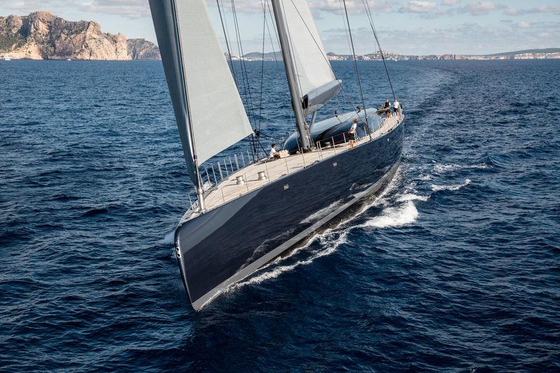 Ngoni yacht cruising
