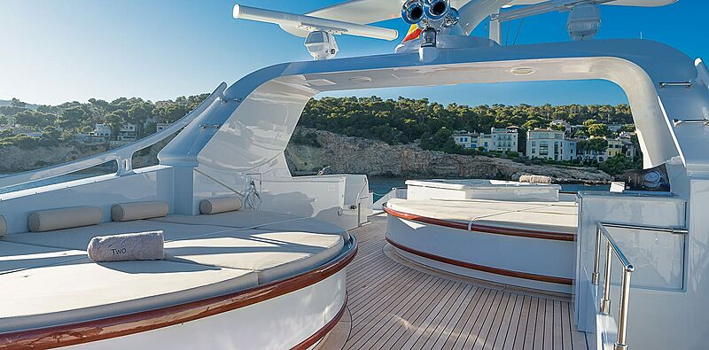 CD Two yacht exterior
