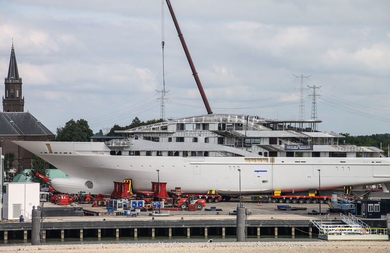 Oceanco Y717 hull and superstructure
