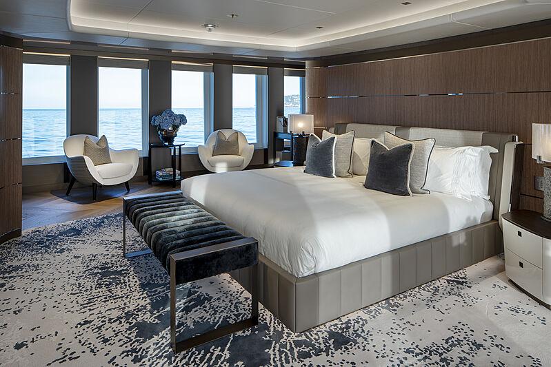 Moskito yacht stateroom