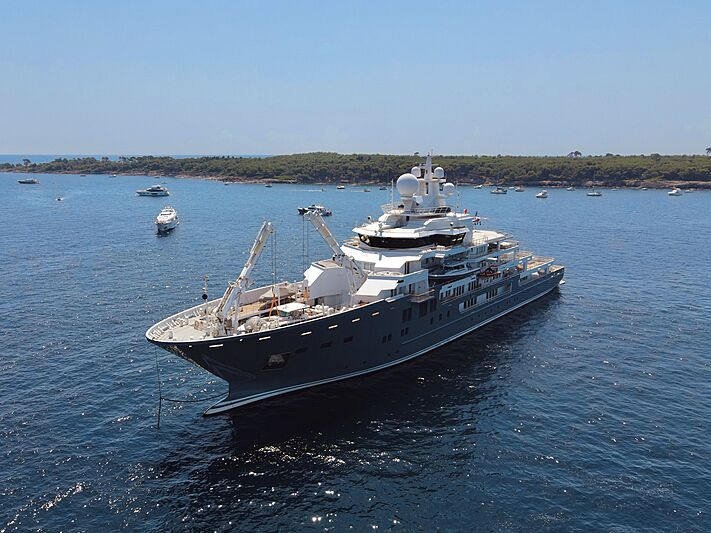 Andromeda yacht anchored in the Lerins Islands