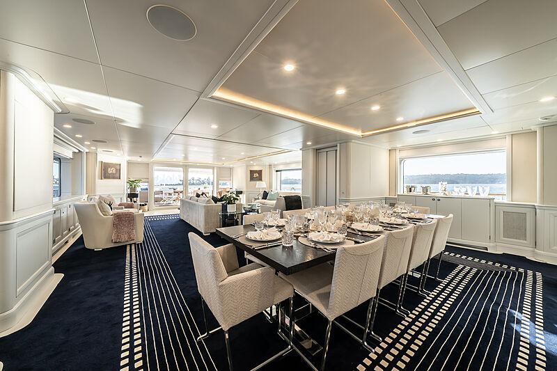 Moatize yacht interior saloon