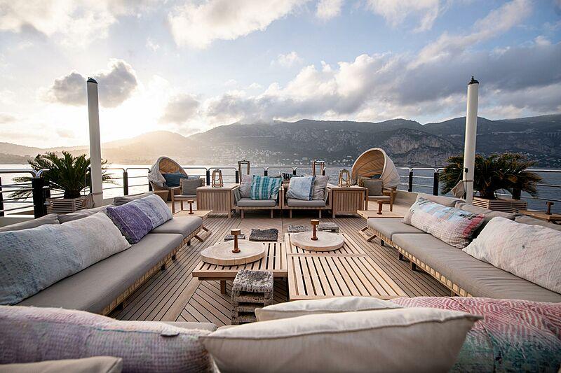Azteca yacht upper deck