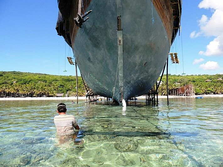 Lamima yacht construction in Indonesia