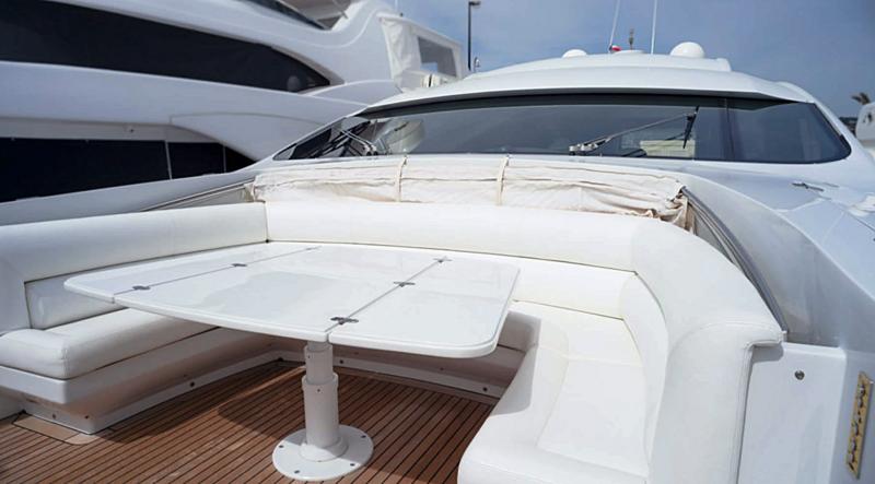 A&O yacht foredeck