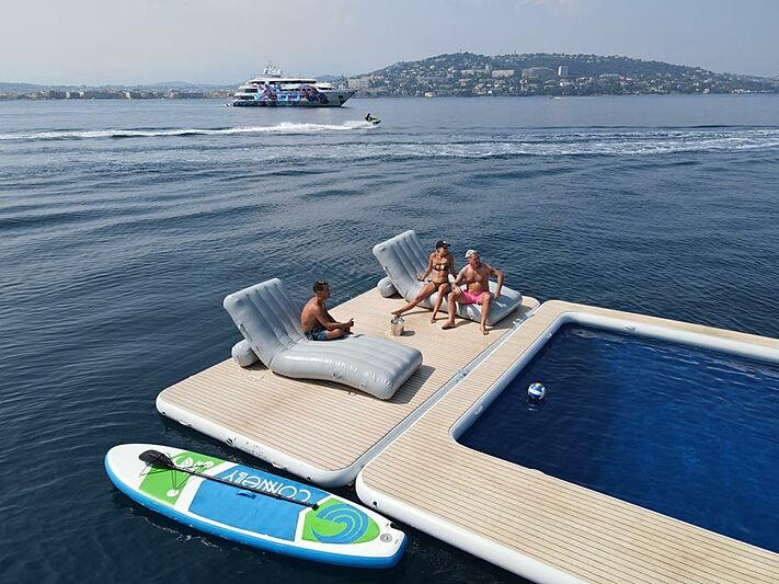 Sea pool from Superyacht Inflatables of SYTT
