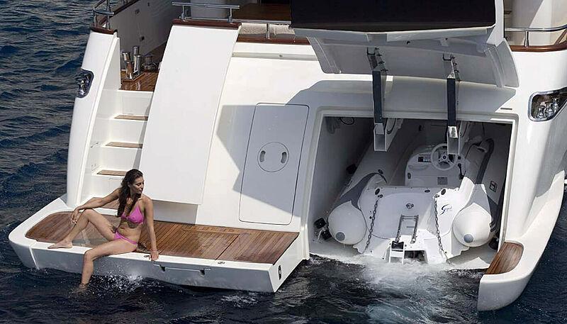 Habano yacht tender garage