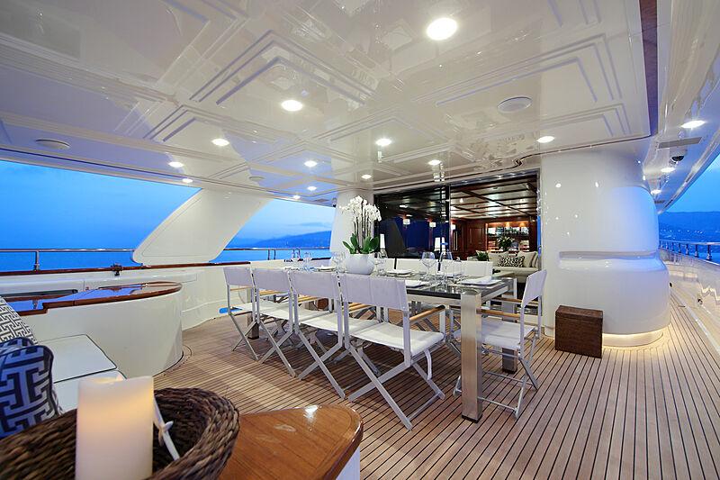 Lady Soul yacht aft deck