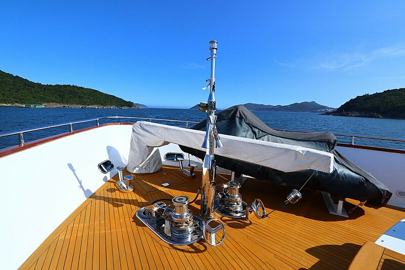 Poseidon yacht foredeck