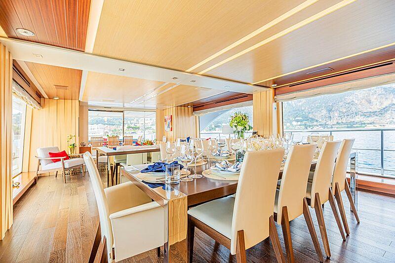 Kelly Ann yacht dining