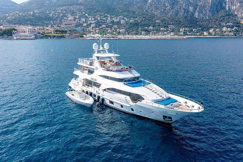 Kelly Ann yacht anchored
