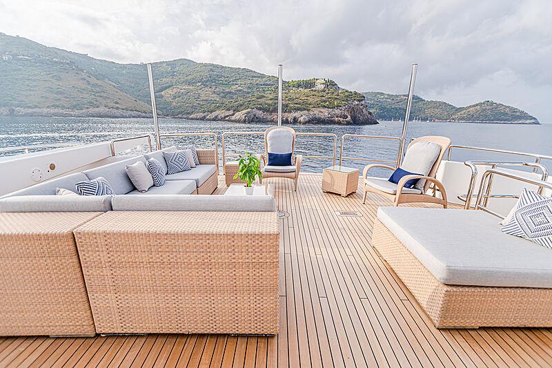 Gitana yacht sundeck
