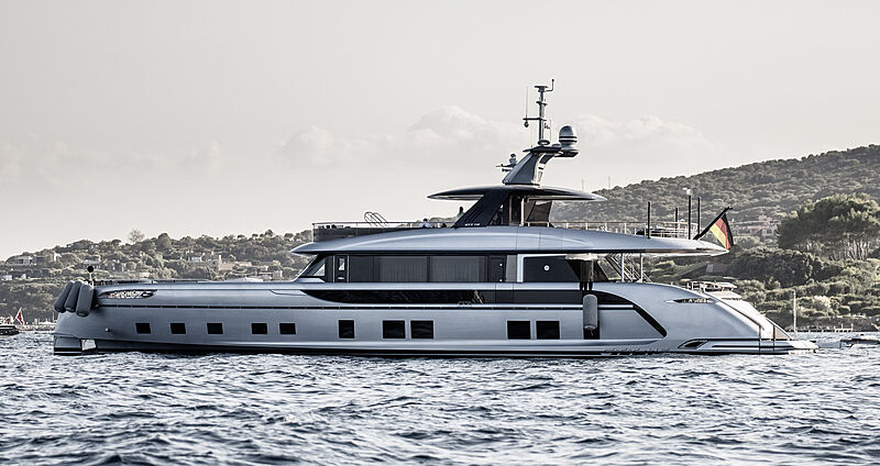 Jaaber yacht by Dynamiq in Cala di Volpe