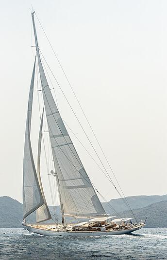 Grace III cruising