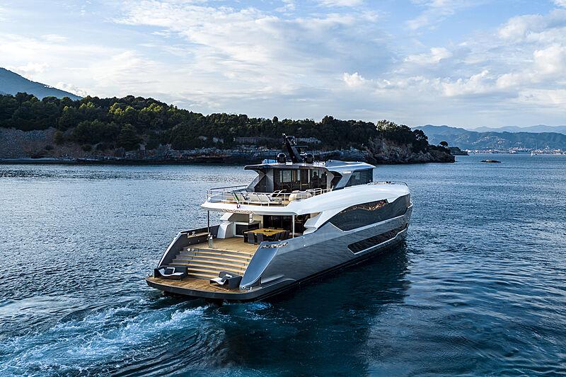Maiora 35 Exuma yacht