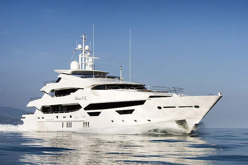 Princess AVK yacht cruising