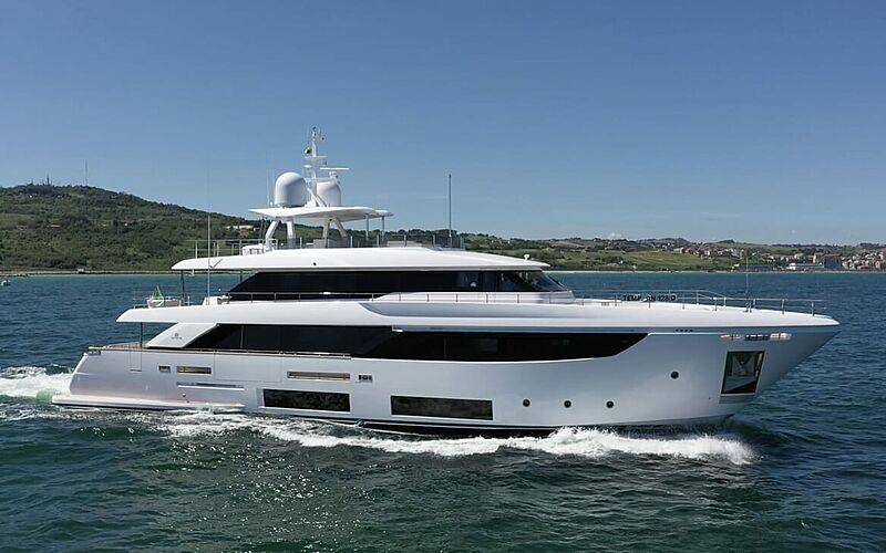 Adelia yacht cruising
