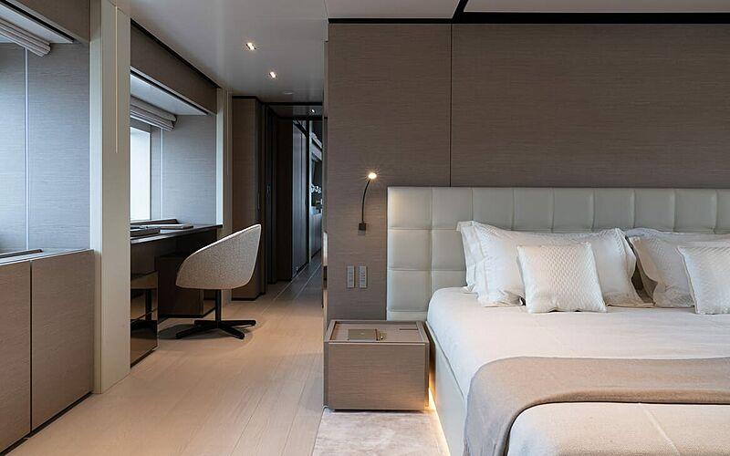 Adelia yacht stateroom