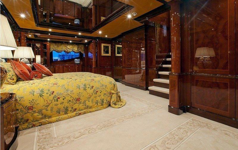 Ulysses owner's cabin