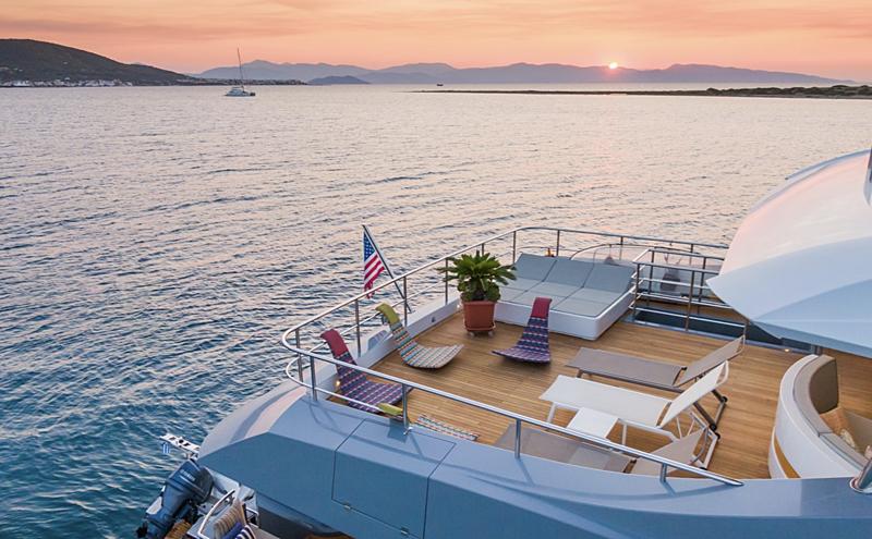 Leonidas yacht upper deck