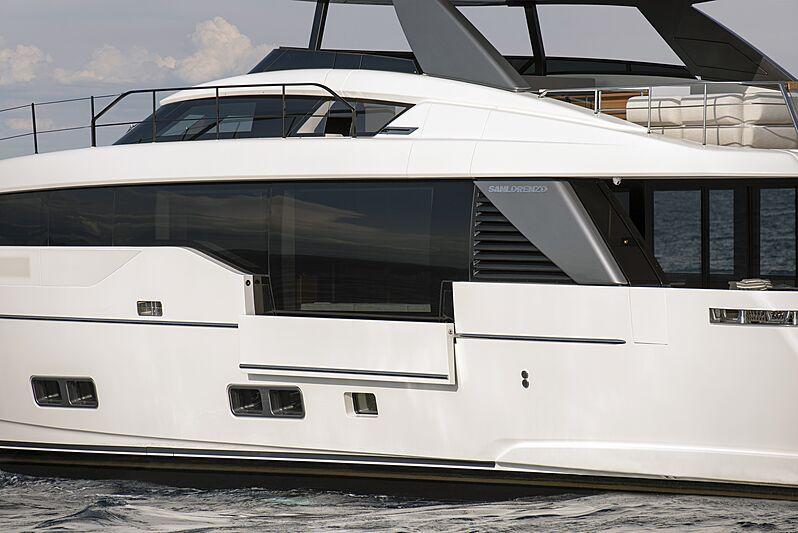 Sanlorenzo SL90 Asymmetric exterior detail