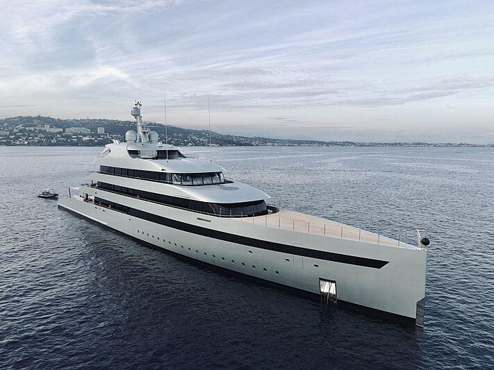 Savannah yacht anchored in Cannes