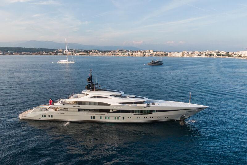 Tatiana yacht anchored in Antibes