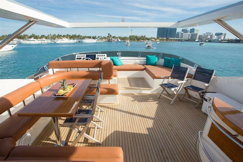 Bluocean sun deck