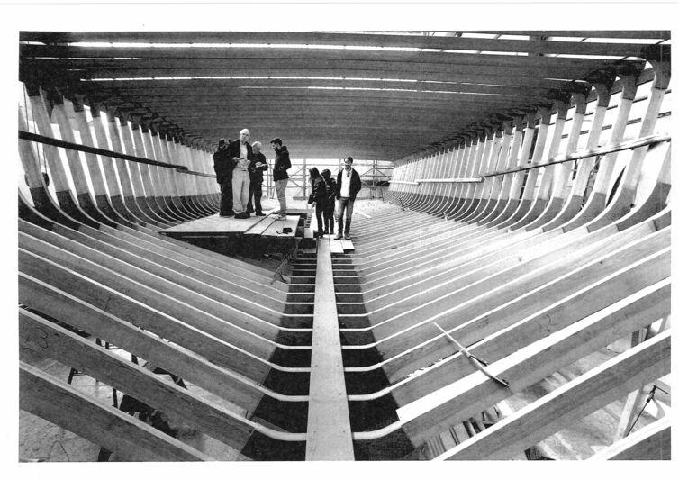 Zattera yacht hull in build