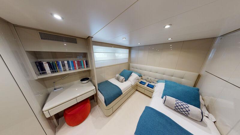 Ixia yacht stateroom