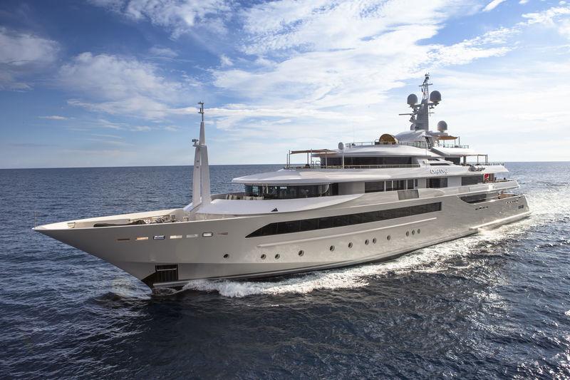 CHOPI CHOPI yacht CRN