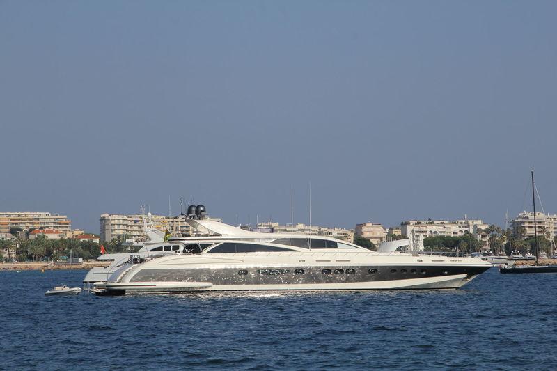ANTELOPE III yacht Leopard