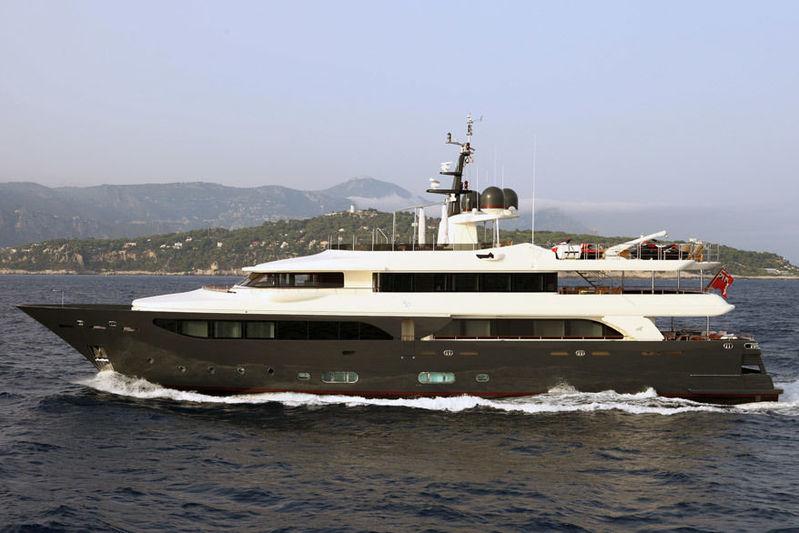 LADY TRUDY yacht CRN