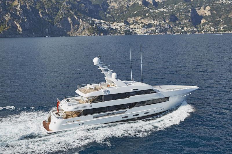 MOON SAND yacht Feadship