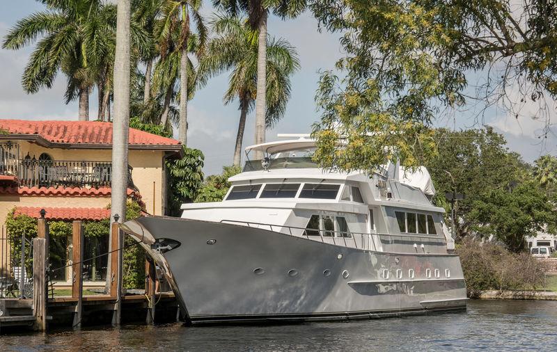 GOLDEN RULE yacht Broward