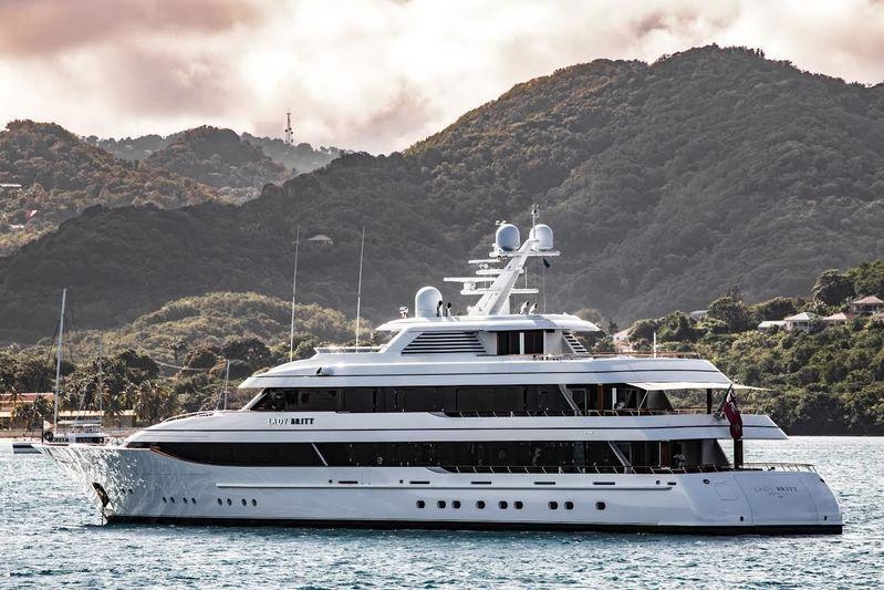 LADY BRITT yacht Feadship